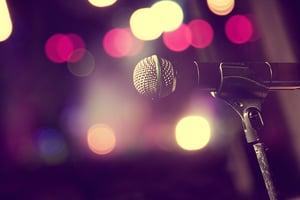 shakira microphone